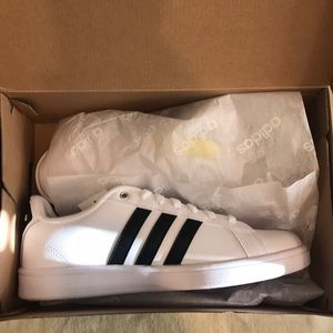 adidas Shoes - Adidas cf advantage AW4294